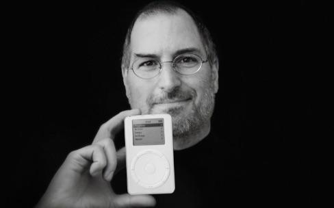 Steve Jobs noyait les iPod pour les rendre plus petits