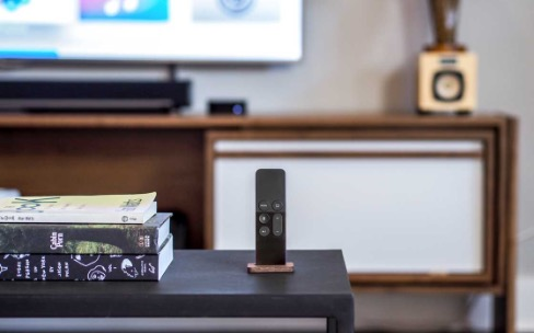Une seule télécommande par Apple TV: ne la perdez pas !