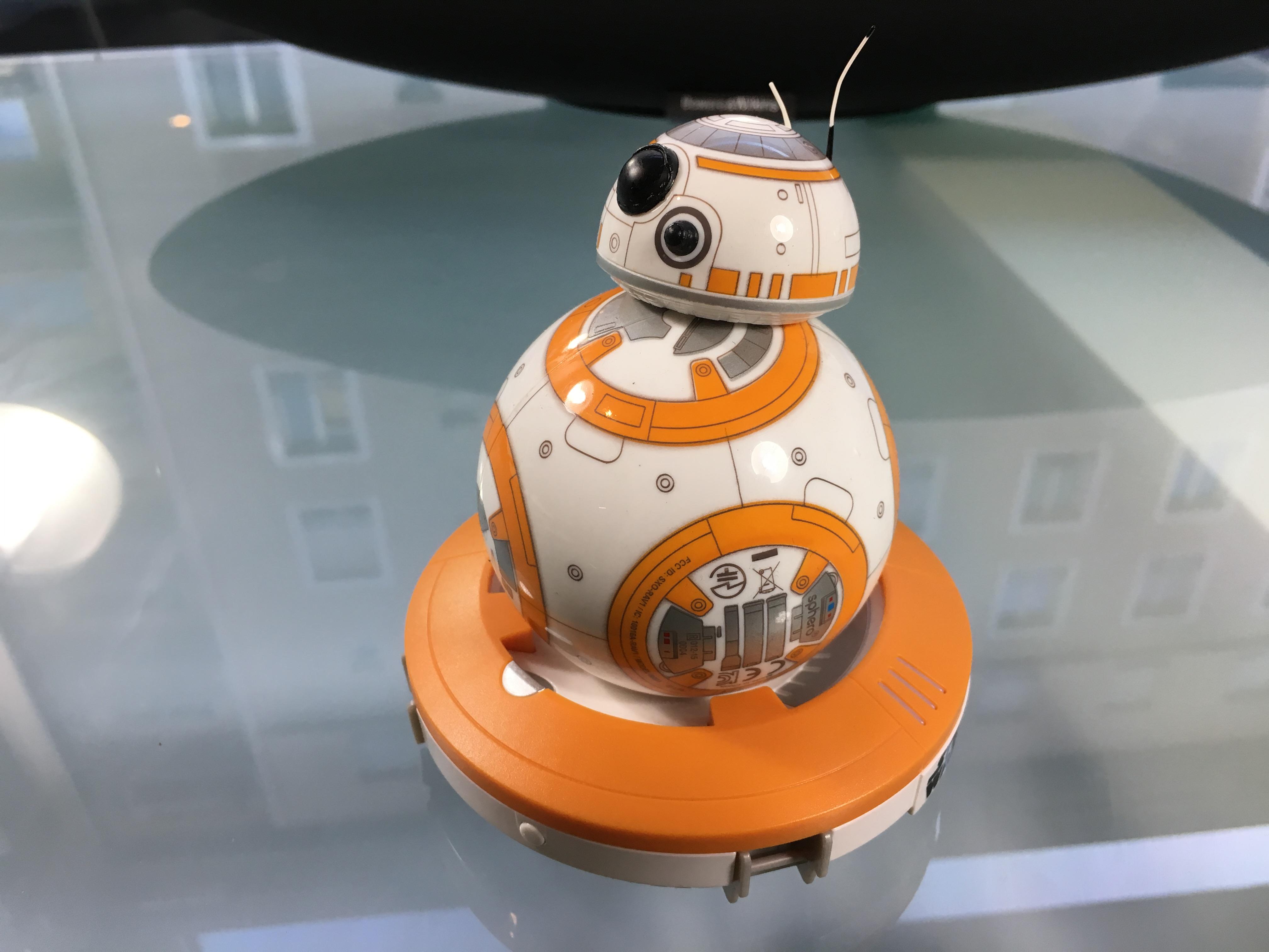 Test du bb 8 le robot de star wars le r veil de la force - Robot qui fait la cuisine ...