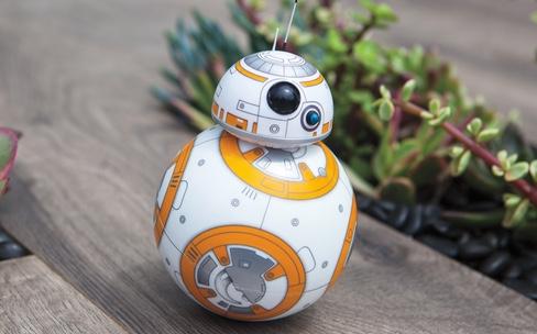 Test du BB-8, le robot de Star Wars Le Réveil de la Force