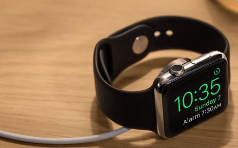 Avec watchOS 2.1, l'Apple Watch est polyglotte