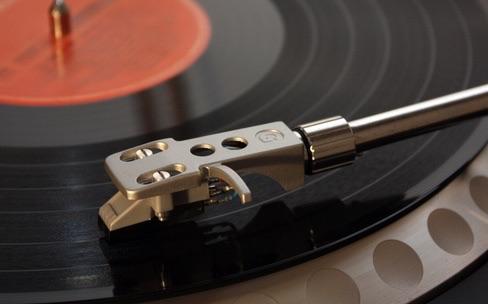 2014 : le marché de la musique en baisse, malgré le streaming