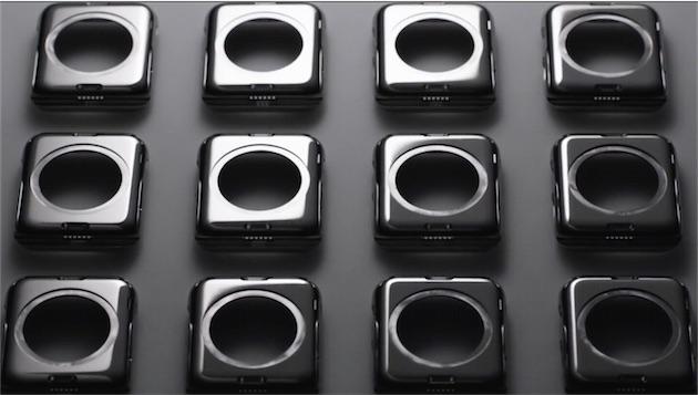 Les six contacts, clairement visibles sur ces Apple Watch. Le petit trou oblong au-dessus correspond à l'emplacement du mécanisme de verrouillage des bracelets. Capture vidéo Apple.