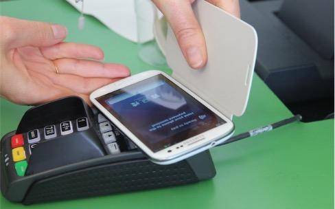 Visa et des banques françaises testent une alternative à Apple Pay pour Android