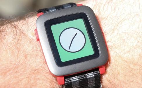 Revue de tests : la Pebble Time peine à convaincre