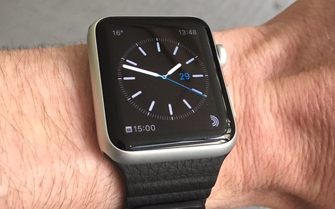 Apple Watch : déballage du bracelet en cuir
