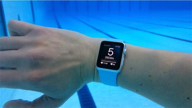 l apple watch la piscine avec une application igeneration. Black Bedroom Furniture Sets. Home Design Ideas