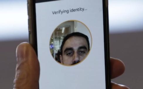MasterCard trouve une utilité aux selfies