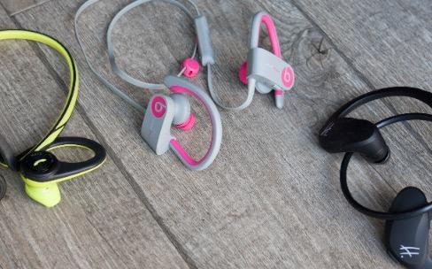 Comparatif des H.Flit, Backbeat Fit et Powerbeats 2, des écouteurs Bluetooth sportifs