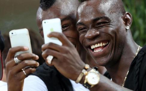L'iPhone6 avait renvoyé Mario Balotelli aux vestiaires