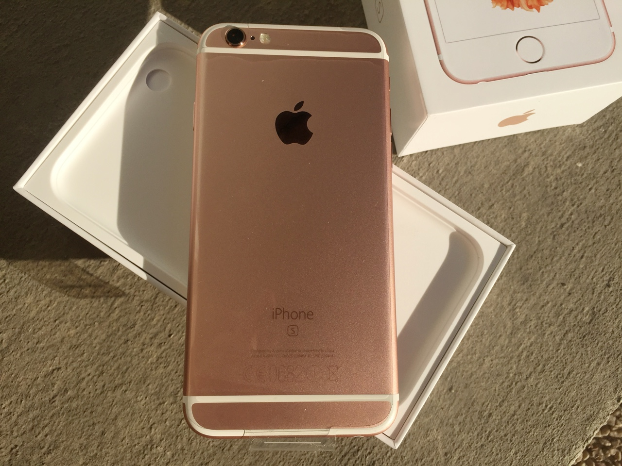 orange iphone 6s plus