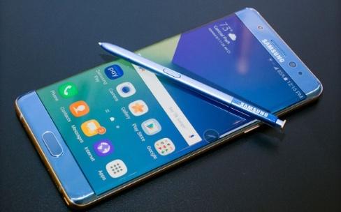 Galaxy Note7 : des clients français excédés et des pertes chiffrées par Samsung