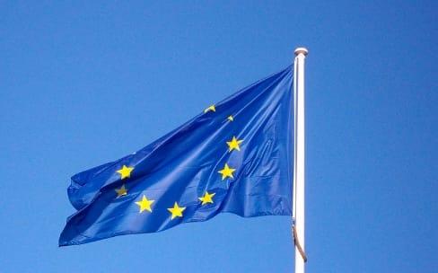 La fin des frais d'itinérance en Europe finalement adoptée par Bruxelles