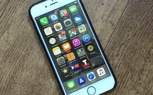 Les entrailles des iPhone 6s et 6s Plus en fonds d'écran