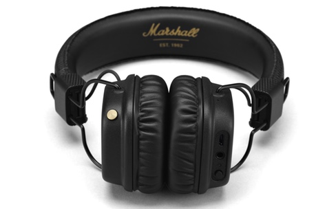 Marshall coupe le fil de son casque
