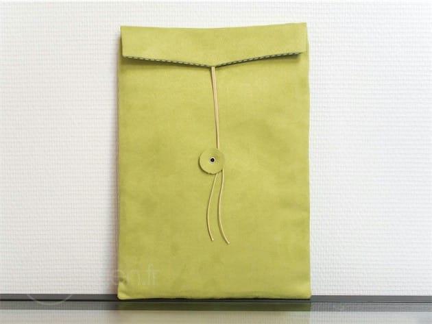 L'étui My iPad Pro Envelope est disponible en vert, bleu, brun, rose, ou jaune.