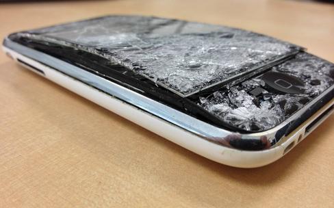 Ces usines qui transforment les iPhone en poussière