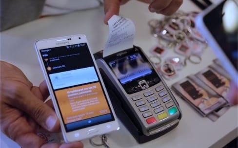 Orange Cash : la NFC de l'iPhone bientôt ouverte à d'autres services de paiement ?
