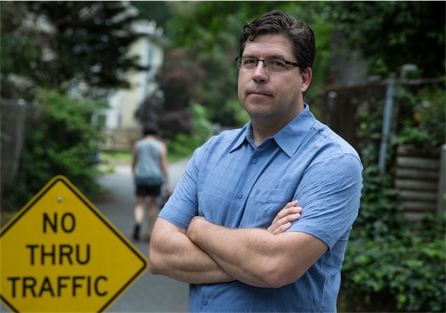 Tim Connor, l'un des habitants en guerre contre Waze. (image The Washington Post)