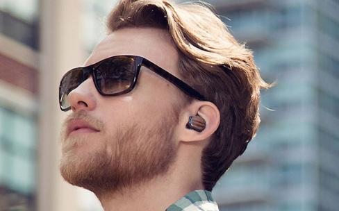 """Apple est bien derrière la marque d'écouteurs """"AirPods"""""""