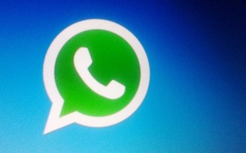 WhatsApp va communiquer votre numéro de téléphone à Facebook
