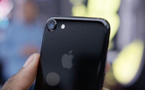 Les iPhone7 et AirPods dans une très belle vidéo de prise en main