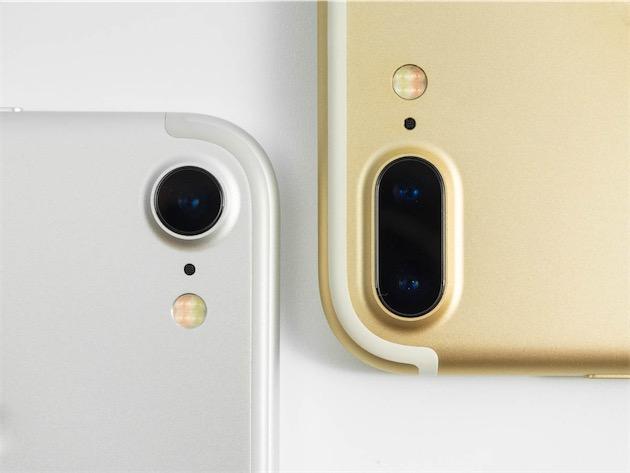 iPhone 7 à gauche, iPhone 7 Plus à droite.