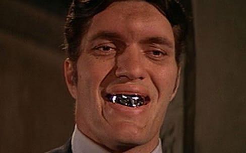Arrêtez de vous brosser bêtement les dents !