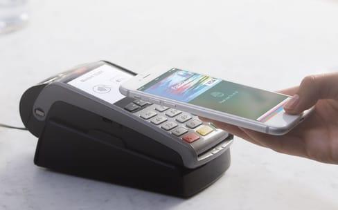 Témoignages: l'iPhone pour acheter sa baguette de pain et ouvrir un compte en banque
