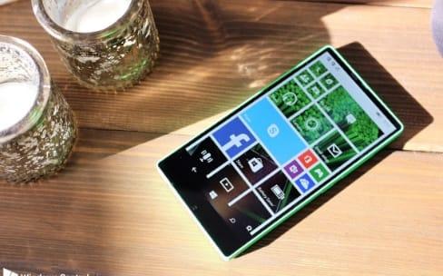 En 2014, Microsoft avait un Lumia presque sans bordures