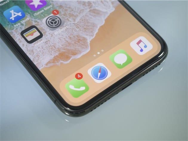 L Ecran De L Iphone X Peut Presenter Des Alterations De