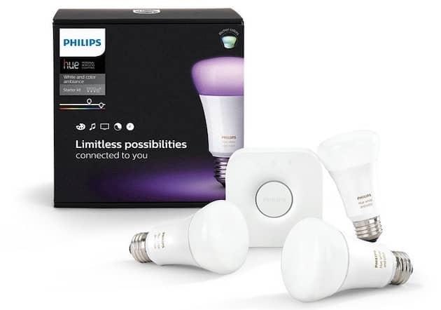 Trois ampoules et un pont de connexion: le minimum pour débuter avec les Hue. Cliquer pour agrandir