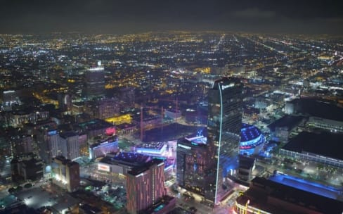 Survolez Los Angeles de nuit en 4K avec l'Apple TV