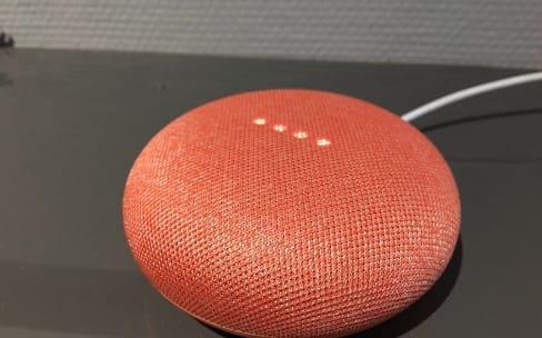 Google Home Mini: les contrôles tactiles en partie restaurés après le bug d'écoute