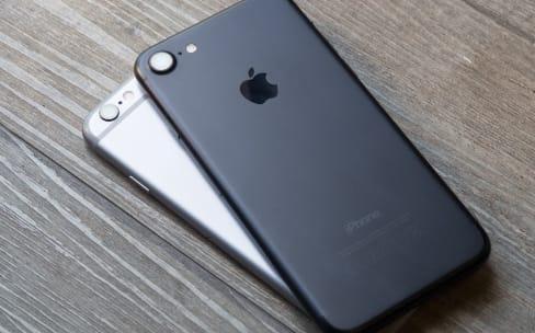 La chute de performances liée à l'ancienneté de la batterie confirmée sur iPhone 6s… et sur iPhone 7