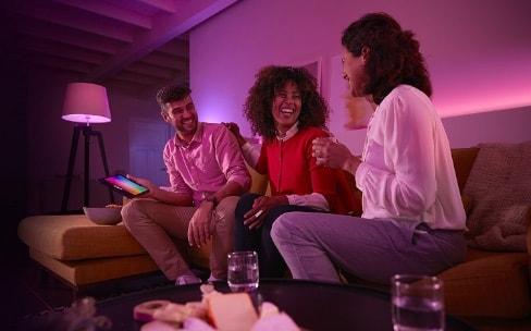 Promos Hue: kit de démarrage à 110€, bandeau de LED à 50€