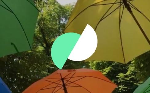 Si vous faites des Live Photos, jetez un œil à MotionStills1.4