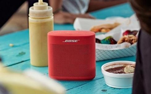 Soundlink Color SpeakerII, une petite enceinte nomade chez Bose