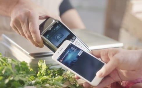 Transfert d'argent, carte bancaire : Apple pourrait se transformer en banque