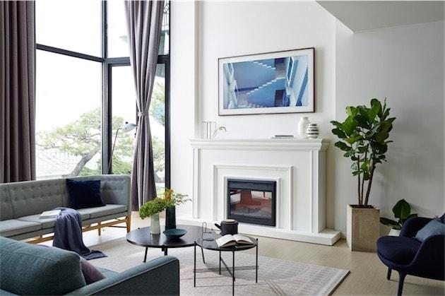 samsung vend sa t l dans un cadre partir de 2300 igeneration. Black Bedroom Furniture Sets. Home Design Ideas