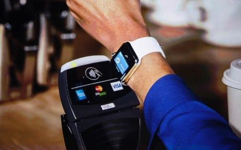 Apple Pay: le Crédit Mutuel et Fortuneo d'ici la fin de l'année