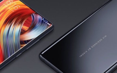 "Mi MIX 2, Xiaomi fait du surplace dans le ""sans bordure"""
