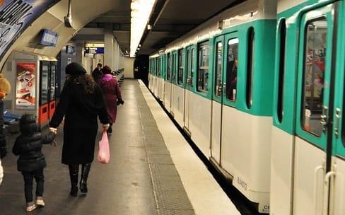 À Paris, il faudra attendre fin 2019 pour un métro connecté
