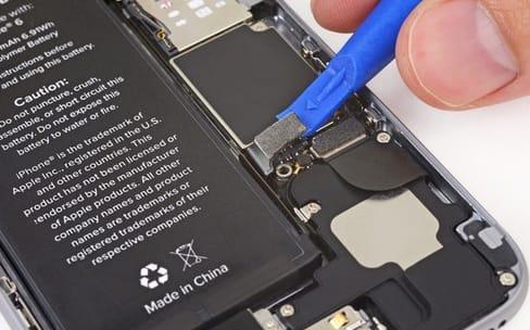 iPhone : 60 € remboursés pour les changements de batterie faitsen2017