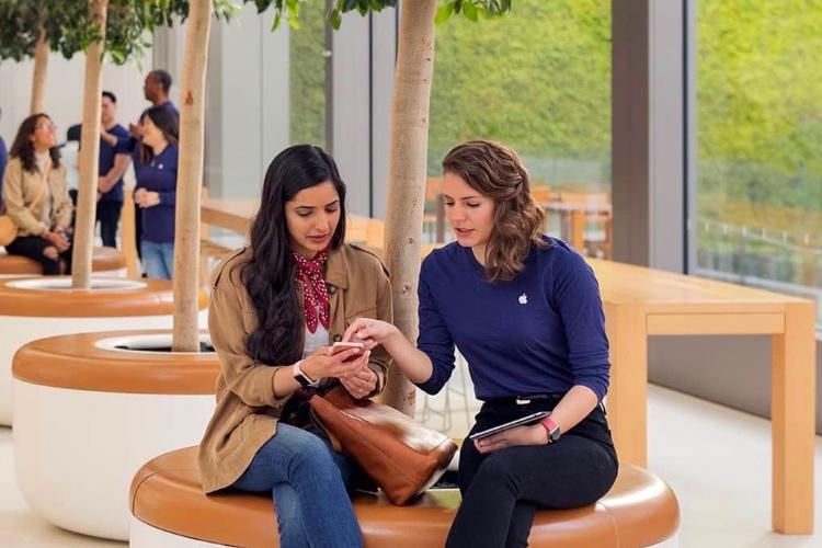 Apple Store : «ne récupérez pas le code de déverrouillage d'uniPhone»