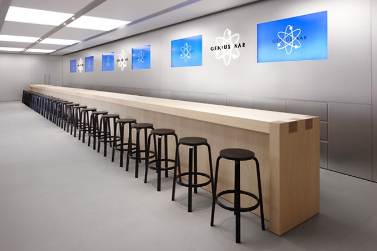 Apple Store : «Avoir le code de déverrouillage fait gagner du temps»