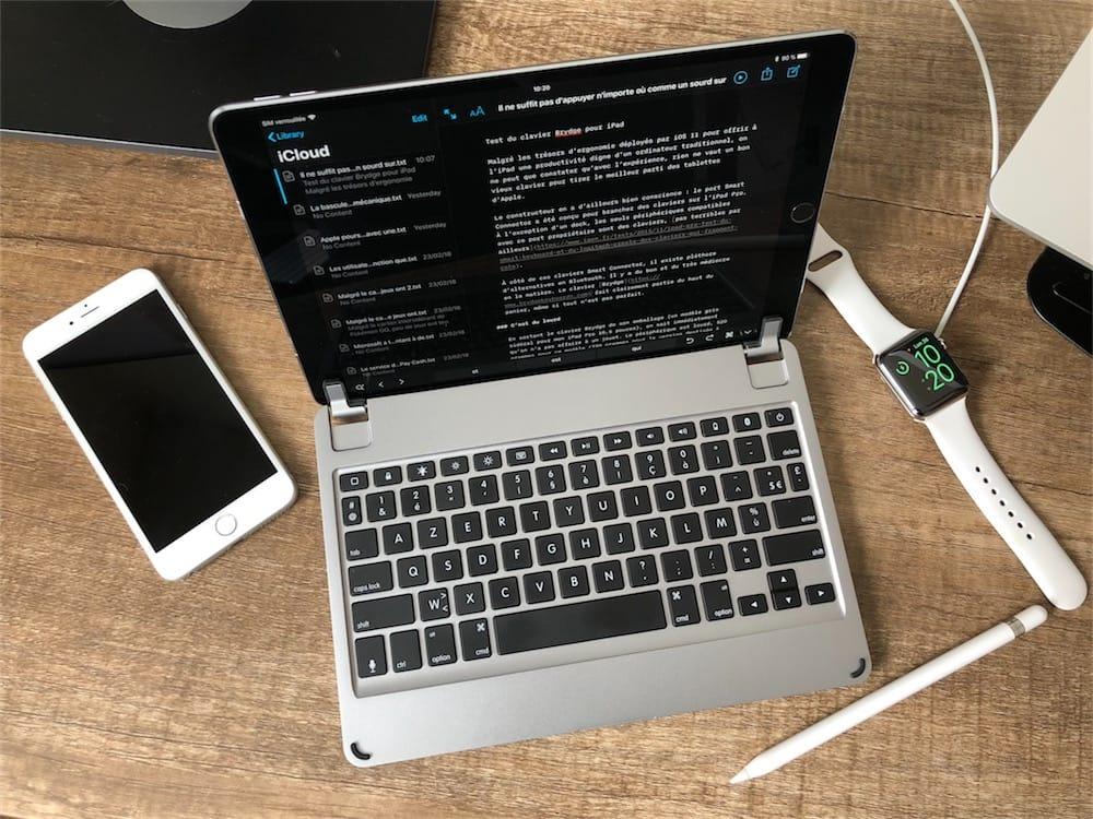 Sur iPad, la connexion MIDI permet de connecter en même temps Duet et un clavier ou un contrôleur DJ au port dock 30 broches de liPad (ou via le connecteur.