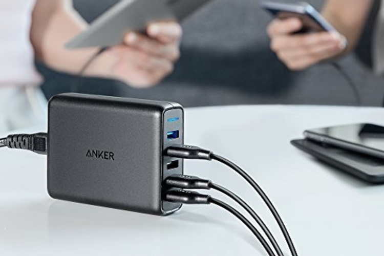Promos: un support et chargeur Qi pliable à 13€ et un chargeur 5 USB Anker à 24€