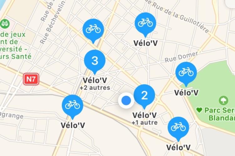 Plans affiche les stations de vélos partagés