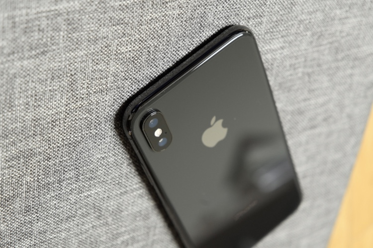 L'iPhone X a pris le tiers des bénéfices des fabricants de mobiles fin2017